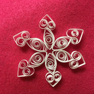 Quilled Holiday Ornament Workshop @ online